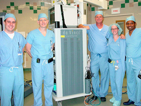 residents learning robotic surgery