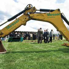 photo of Neuroscience Engineering Collaboration Building Groundbreaking