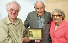 Photo of Oliver Smithies with Herbert and Marion Morris, who established the Earl H. Morris Endowed Lecturesip in honor of Herbert's father, Earl H. Morris, M.D.