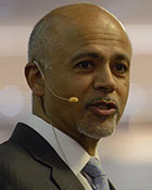 photo of dr. abraham verghese