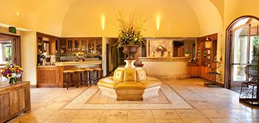Villagio lobby